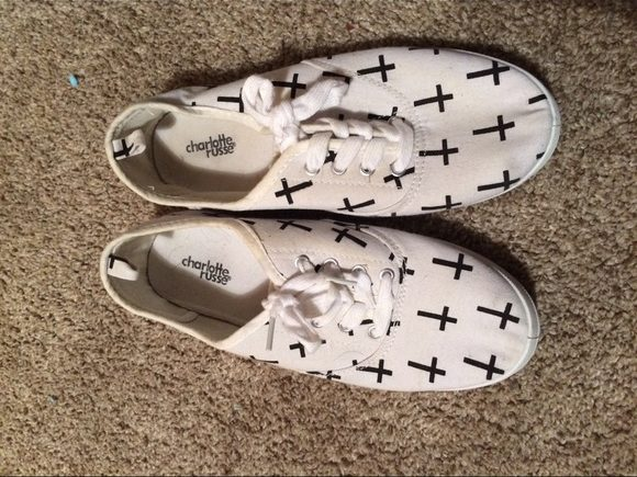 Putting Crosses on Your Shoes..!